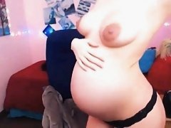 Pregnant Hottie On Webcam