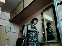 Chetna Bhabi Changing Raiment Hidden Webcam