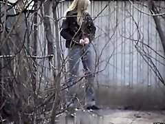Girls Pissing voyeur video 240